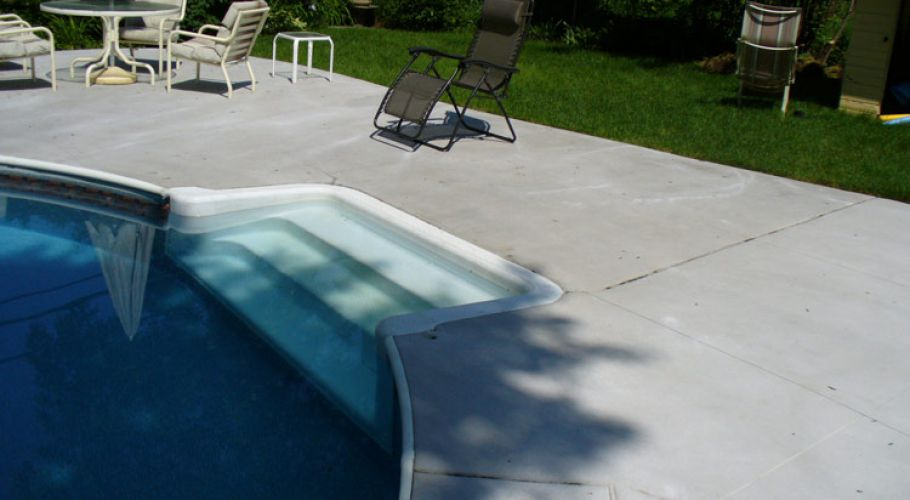 Fort Wayne Step Repair / Replacement on a Pacific Pool